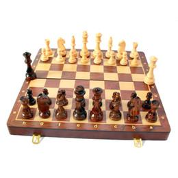 Hot Top Grade Madeira Folding Chess Set 45 * 45 centímetros Extra Large Tamanho Handwork madeira maciça Pieces Walnut Tabuleiro de xadrez em Promoção