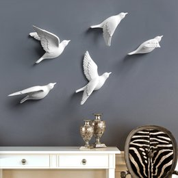 bird ornaments NZ - European 3d Stereo Wall Resin Bird Wall Background Ornament Home Furnishing Crafts Decoration Creative Wall Sticker Mural Decor