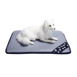 64b52fcdd3b9 Perro para mascotas Verano Estera de enfriamiento Colchoneta Enfriador de  colchón Para Gato de peluche Pequeño Perro de gran tamaño Esteras de la cama  Nido ...
