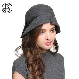 FS Elegant Wool Cloche Hats With Feather Vintage Felt Fedoras For Women  Gray Black Winter Royal Cap Ladies Wide Brim Bowler Hat d933a62336ba