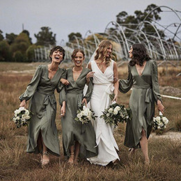 Hi low bridesmaids dresses online shopping - Dark Hunter Green Boho Bridesmaid Dresses With Long Sleeve V neck High Low Countryside Junior Wedding Party Dress Cheap