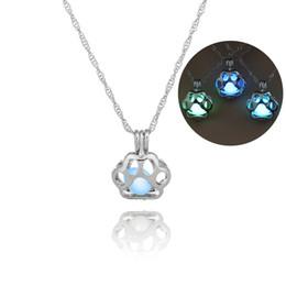 Necklaces Pendants Australia - Wholesale New Fashion personality Popular Night Glowing Dog Claw Pendant Openwork light luminous necklace gift free shipping