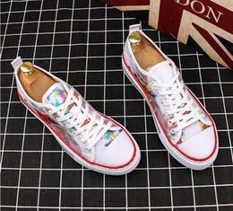 $enCountryForm.capitalKeyWord Australia - Luxury Designer Men Sneakers Cheap Best Top Quality Fashion White Leather Platform Shoes Flat Casual Party Wedding Shoes W392