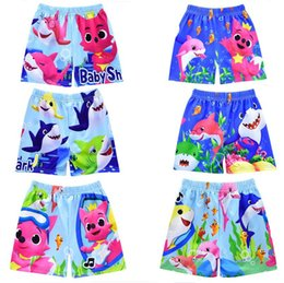 $enCountryForm.capitalKeyWord Australia - Baby Boys Swim Trunks Baby Shark Print Cartoon Swimming Trunks Kids Designer Swimwear Board Shorts Child Summer Beach Shorts 100-140 A6401