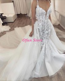 $enCountryForm.capitalKeyWord Australia - Wholesale- Gorgeous Spaghetti Strap Lace Tulle Arabic Bridal Gown Luxury Appliqued Ruched Long Mermaid Wedding Dresses With Detachable Skirt
