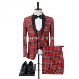 Chegada nova Um Botão Groomsmen Xaile Lapela Do Noivo Smoking Ternos Dos Homens de Casamento / Prom Melhor Homem Blazer (Jacket + Pants + colete + Gravata) A350 em Promoção