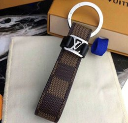 Leather bottLe pendant online shopping - 3 colors Designer Fashion Famous Brand Handmade PU Leather Car Keychain Women men Bag Charm Pendant Accessories with box