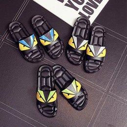 $enCountryForm.capitalKeyWord Australia - Hot Sale Designer Sandals F E N D Summer Luxury Slipper for Men Black Beach PVC Slides Men Slippers Designer Shoes A02