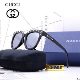 $enCountryForm.capitalKeyWord Australia - 2019 New Fashion Sunglasses for Men Women Ray metal frame Mirror polaroid Lenses driver Sun Glasses Bans with brown case and box 3548