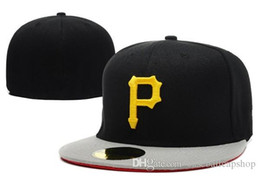 flat brim cap cheap 2019 - Men's Cheap Black Color Pirates Fitted Caps City Namer Under Baseball Cap Embroidered Letter P Size Flat Brim Hat P