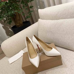 red leather dresses Australia - The high quality New Pink white and black red leather design decorative pointed fashion high - trim shoes Wedding dress shoes