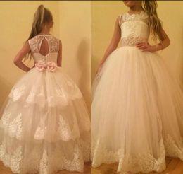 $enCountryForm.capitalKeyWord Australia - White Lovely Cute Flower Girl Dresses 2019 Vintage Princess Tutu Appliqued Daughter Toddler Pretty Kids Formal First Holy Communion Gowns