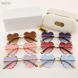 69388c8a591c1 New High quality Luxury brand UV400 fashion Heart Shaped Metal frame Women  Sunglasses 100% UVA and UVB protection lady polarized sunglasses