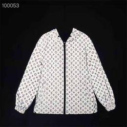 designer men windbreaker brand long sleeve luxury autumn men wind coat outdoor brand wind coat design casual sport wind coat on Sale