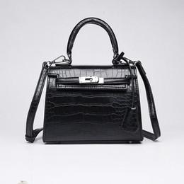 93db9c98d6 Crocodile modèle Kelly Platinum sac femelle 2019 nouveau sac féminin sac à  bandoulière diagonale sac à bandoulière portable mode sauvage