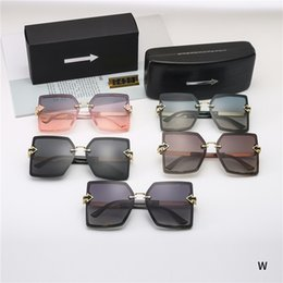 4fb1240251fb Fashion Brand Karen 9438  Men Women Frame Metal Arrow Polarized Sunglasses  Men Walker Driving Sun glasses