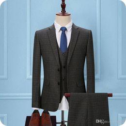 $enCountryForm.capitalKeyWord Australia - Latest Designs Grey Grid Men Suits for Wedding Slim Fit Check Groom Tuxedos 3Piece (Coat+Pants+Vest) Groomsmen Suit Blazer Man Jacket