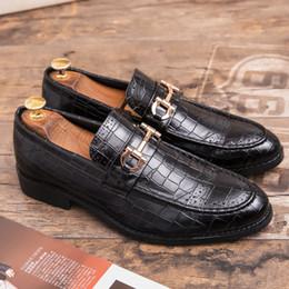 CIMIM Marque Chaussures formelles hommes grande taille bout pointu chaussures hommes d'affaires en cuir robe de bureau Brogue Chaussures de mariage de luxe en Solde