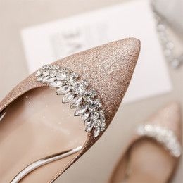$enCountryForm.capitalKeyWord Australia - 19ss Bling Sequined Cloth Shallow Banquet Pumps Rhinestone Crown Sexy Pointy Toe Wedding Bridal Shoes Slip On Luxury Woman Shoes