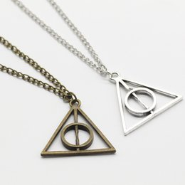 Link Action Figures Australia - Retro Triangle Round Sweater Chain Necklace Action Toy Figures Harri Potter Luna and the Deathly Hallows Pendant Toys Necklace