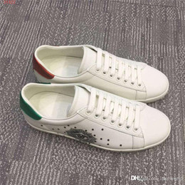 men travelling shoes NZ - The latest men sports shoes, Matte leather With colorful stars men shoes, outdoor travel jogging hiking sports shoes