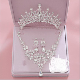 $enCountryForm.capitalKeyWord NZ - Fashion Bride Necklace Headwear Three-piece Crown Wedding Accessories Spot Wholesale A replacement