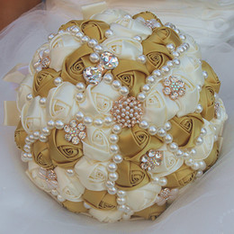 $enCountryForm.capitalKeyWord NZ - Cream Gold Wedding Bouquets Satin Ribbon Simulation Flower Pearls Rhinestones Crystal Sweet 15 Quinceanera Bouquets W2266