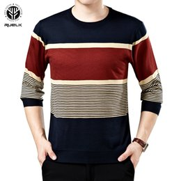 sweater holes sleeves Australia - RUELK Ripped Stripe Knit Sweaters Men Hip Hop Hole Casual Pullover Sweater Male Fashion Loose Long Sleeve Sweaters Red Black