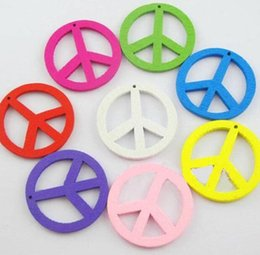 $enCountryForm.capitalKeyWord Australia - Mixed Vintage Wood Peace Sign Charms Pendant Creative Symbol For Jewelry Making Bracelets Necklace Accessories Gifts DIY Hot Sale 44mm