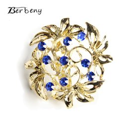 Wholesale 2019 Crystal Brooch Pins For Women Top Quality Flower Broches Jewelry Fashion Wedding Party Invitation Bijoux Broche Femme