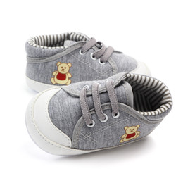 $enCountryForm.capitalKeyWord Australia - Baby Boy Canvas First hard Walkers Baby Sole Shoes Toddler For Infant Canvas Nonslip Shoes Shoes 0-18M Sneaker Little Bear Casual prewalker