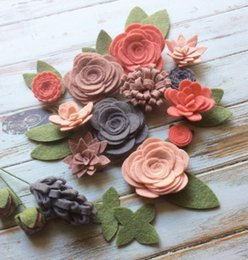 Fabric Flowers Hair Clip Australia - Wool Felt Fabric Flowers Flower Embellishment Coral 17 Flowers & 14 leaves Create Planner Clips Headbands DIY Wreaths jewelry Hair Ac