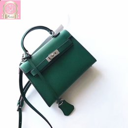 Wholesale 2018 Luxury Famous Designer Women Tote Handbag Cross Body Bag Clutch In Epson for Summer Good Hardware