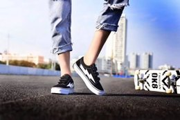 Canvas Shoes Skateboard Australia - Newest Revenge x Storm Sneakers Pop up Store Top Quality Old SKool Off Fashion Grid Mens Skateboard Vulcanized Ins Canvas Shoes