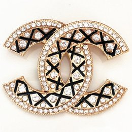 النساء دبابيس عالية الجودة لؤلؤة الماس بروش للحزب المبالغة الذهب والفضة دبابيس المجوهرات 11 أنماط الترويج