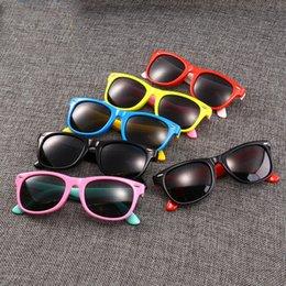 Flexible sunglasses online shopping - Silicone Flexible Frame Polarized Child Kids Sunglasses UV Protection Boy Girl Baby Glasses Polarized Light Eyewear