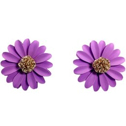 Chinese  2018 hot selling fashion jewelry cute round little Daisy stud earrings a variety of colors beach resort party earrings for woman manufacturers