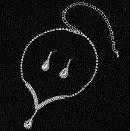 $enCountryForm.capitalKeyWord Australia - 4 Colors Crystal Bridal Jewelry Sets V Shaped Teardrop Choker Necklace Earrings Wedding Party Jewelry Sets for for Women