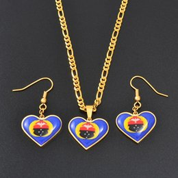 $enCountryForm.capitalKeyWord NZ - wholesale Heart PNG Gulf Province Flag Pendant Necklaces and Earrings for Women Girls Papua New Guinea Jewelry Sets #063221