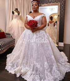 dropped wedding dresses NZ - Plus size 2020 Sexy A Line Wedding Dresses Vintage Off the shoulder Lace Appliques African Bridal Gowns Vestido De Novia Beach wedding dress