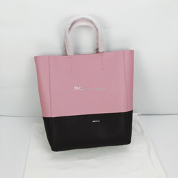 hot pink buckets Australia - NEW Real Leather Women shoulder bag Medium-sized Bucket Bags Fashion INS Hot Style Handbag Simple Style Black Pink Color Casual