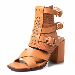 $enCountryForm.capitalKeyWord Canada - square toe chunky high heel sandals women summer shoes genuine leather do the old gladiator sandals metal buckle strap sandals