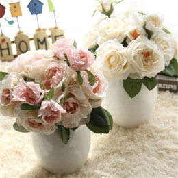 Wholesale Artificial Bouquet Romantic Wedding Decorative Fake Roses Beautiful Fragrant Home Hotel Decorative Flowers Festival Party Supplies