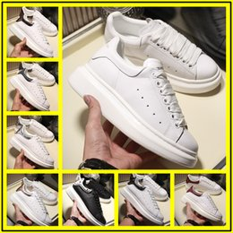$enCountryForm.capitalKeyWord Australia - luxurious low price designers men and women sports shoes high quality leather sports shoes ace rose red velvet sports shoes size 35-44