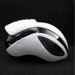Ingrosso Nuovo casco da bicicletta Casco da bicicletta Mountain Road Outdoor Sport per uomo / donna Capacete Ciclismo Game Changer Mtb Helmet