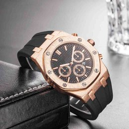 Wholesale Fashion Watch Sports man Designer Simple Luxury Mens Watches Personality watch band mm Brown Rubber Business Metallic feel shipping