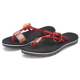 Wholesale Red Shoes Australia - YOUYEDIAN Men Slippers Summer Fashion Outdoor Flip Flops Flat Men Slippers Solid Casual Mans Beach Shoes Black Red