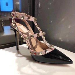 2019 sapatos de salto alto estação europeia de alta qualidade sapatos femininos plus size 35-43 sapatos de vendas direto da fábrica tem logotipo e caixa