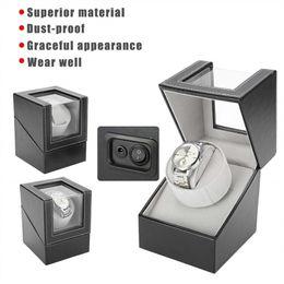 Venta al por mayor de Caja giratoria automática para exhibición de relojes, portaobjetos de reloj de pu de un solo motor eléctrico silencioso Whisper-Quiet, caja de almacenamiento de mesa de enrollador de reloj clásico