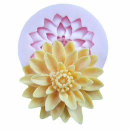 fondant flowers for cakes NZ - 3D Beautiful Lotus Chrysanthemum Flower Silicone Soap Moulds For Fondant Cake Decorating Tools DIY Baking Chocolate Soap Mold wh0151